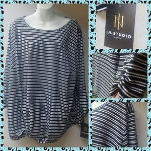 NWT Black/white Striped 3X Blouse